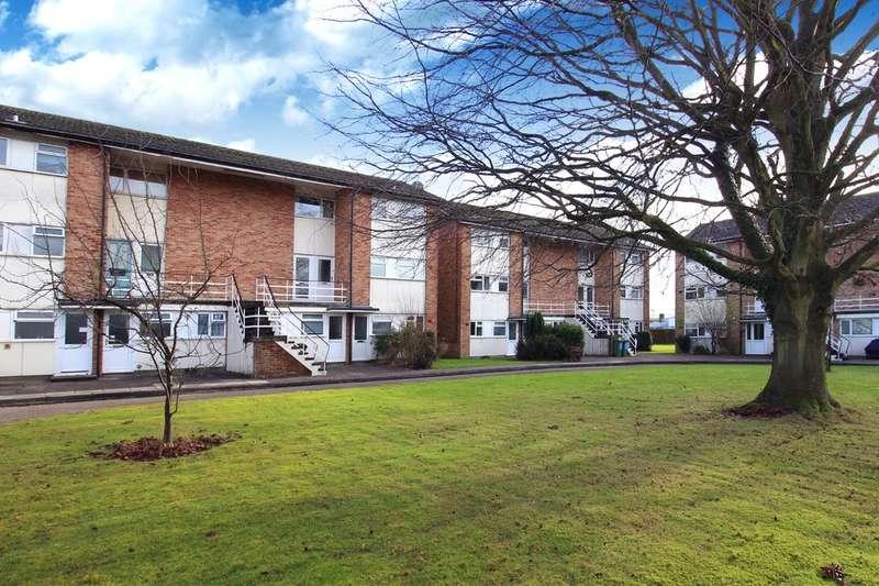 1 Bedroom Flat for sale in Ringley Oak, Horsham