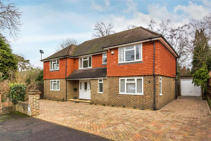 5 Bedrooms Detached House for sale in Summerhayes Close, Horsell, Surrey, GU21