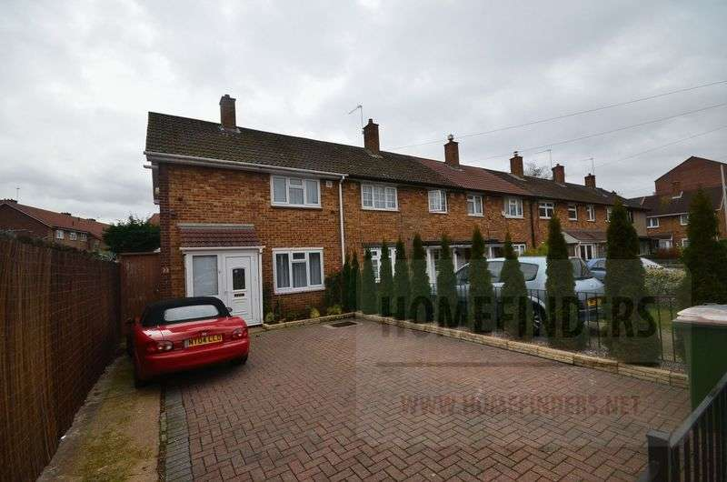 3 Bedrooms Semi Detached House for sale in Graham Road, Plaistow, E13