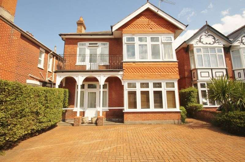 5 Bedrooms Detached House for rent in Exceptional Student House, Talbot Road, Winton