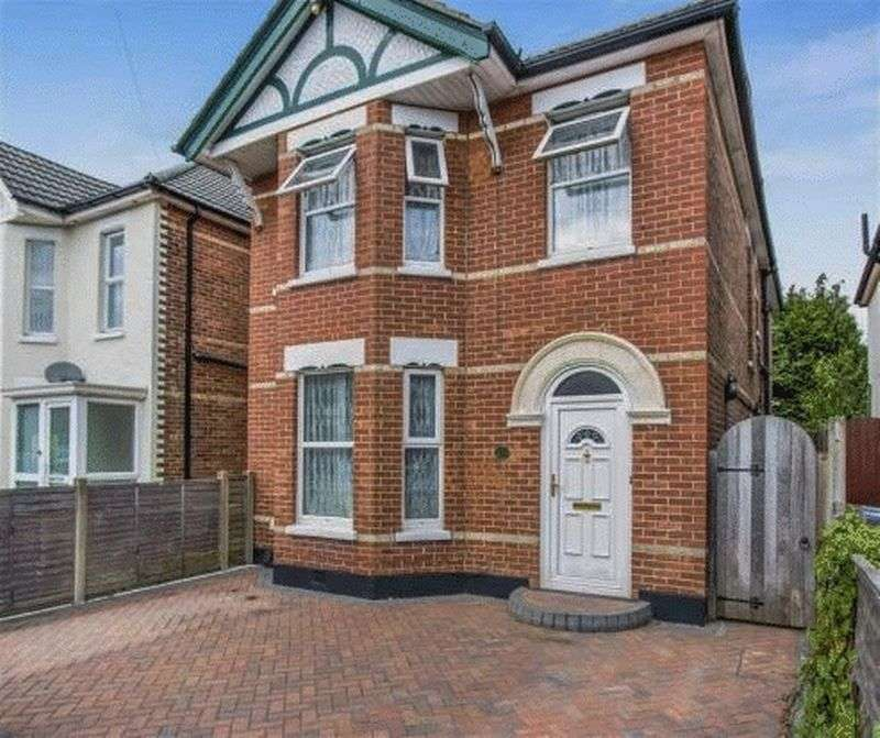 4 Bedrooms Detached House for sale in Nortoft Road, Bournemouth