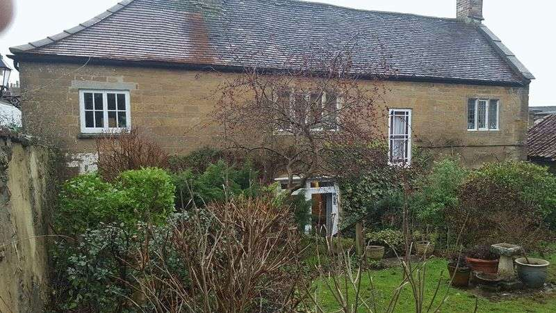 3 Bedrooms Terraced House for sale in Church Street, Crewkerne
