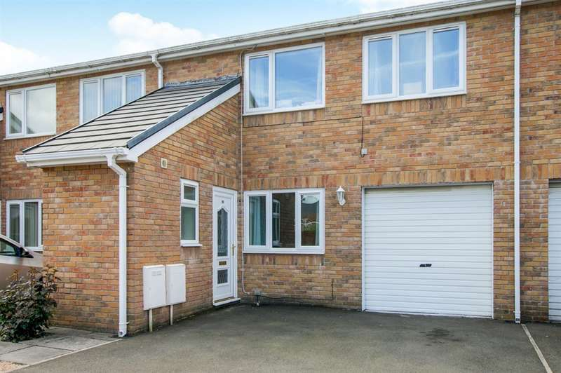 4 Bedrooms Terraced House for sale in Newbridge Court, Trallwn, Pontypridd