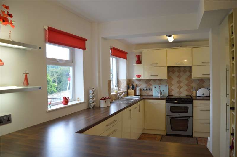 3 Bedrooms Semi Detached House for sale in Church Lane Avenue, Coulsdon