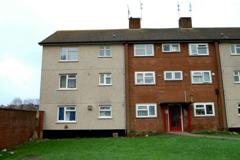 3 Bedrooms Ground Flat