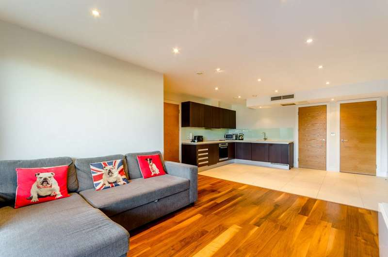 2 Bedrooms Flat for sale in Upper Richmond Road, Putney, SW15