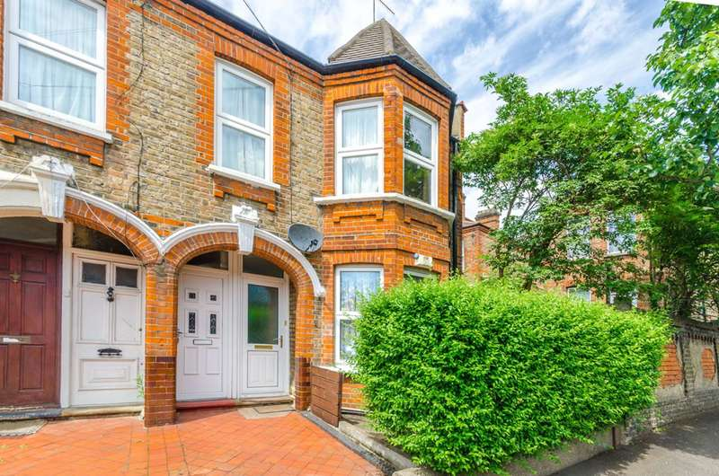 2 Bedrooms Flat for sale in Wetherden Street, Walthamstow, E17