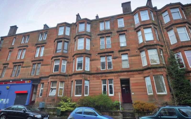 2 Bedrooms Flat for rent in Garrioch Road, North Kelvinside, Glasgow