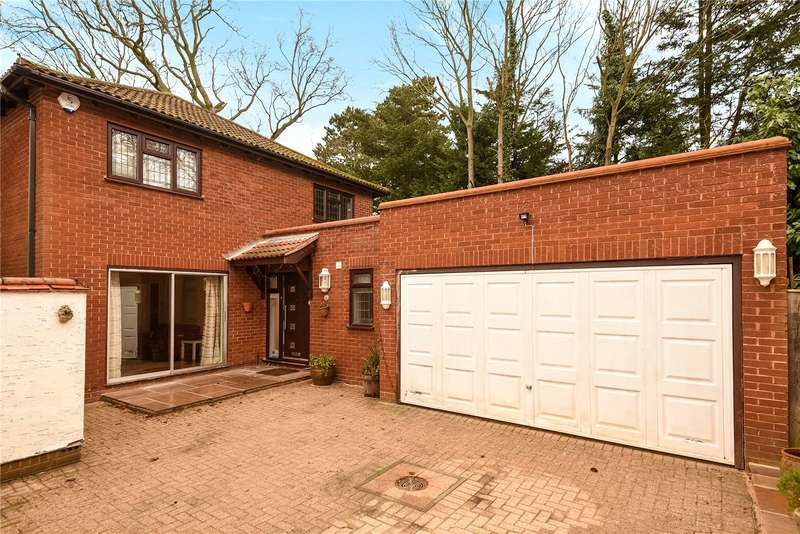 5 Bedrooms House for sale in Cullera Close, Northwood, Middlesex, HA6