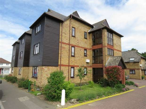 1 Bedroom Flat for sale in Echo House, Canterbury Road, SITTINGBOURNE, Kent