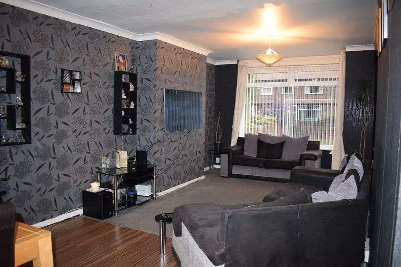 5 Bedrooms Terraced House for sale in Melton Close, Heywood