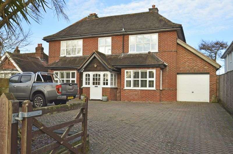 4 Bedrooms Detached House for sale in Lymington Town