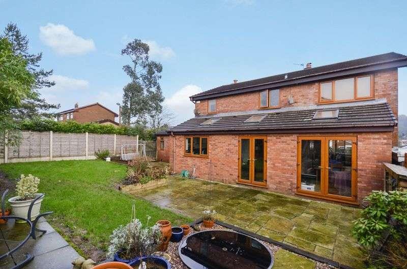 4 Bedrooms Detached House for sale in 39 Delph Brook Way, Egerton, Bolton, BL7 9UB