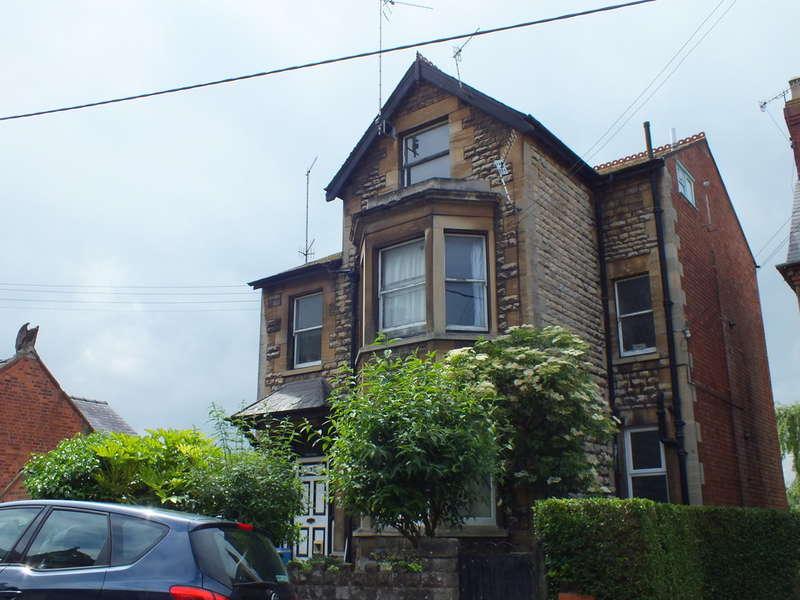 1 Bedroom Flat for sale in Bisley Road, Stroud