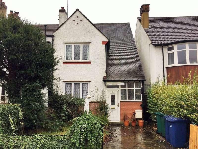 3 Bedrooms Semi Detached House for sale in Llanvanor Road, London
