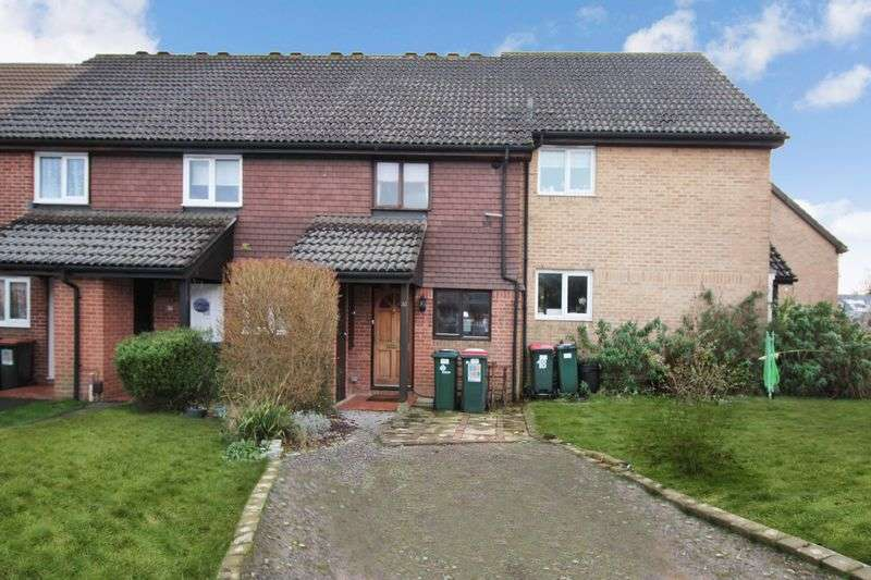 2 Bedrooms Terraced House for sale in Guinevere Road, Crawley