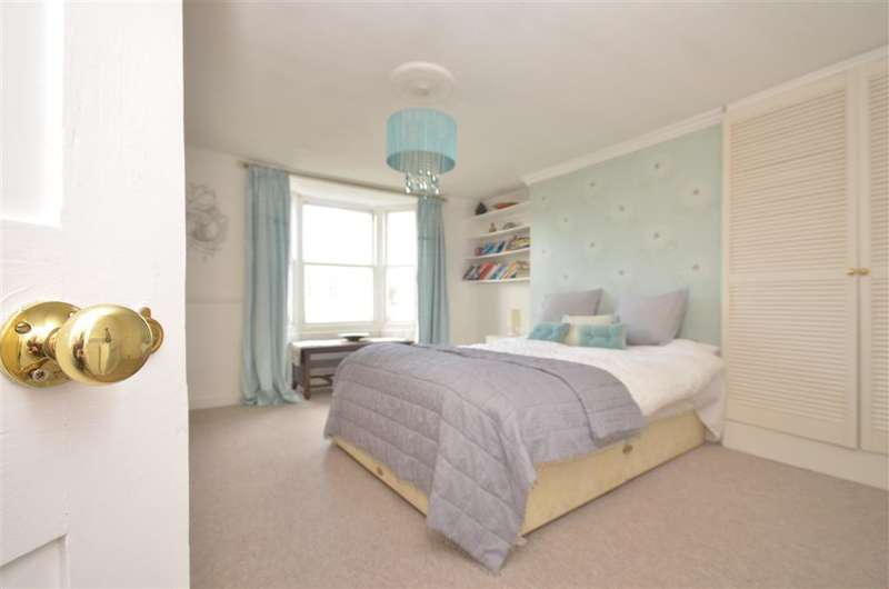 4 Bedrooms Terraced House for sale in Egremont Place, Brighton, East Sussex
