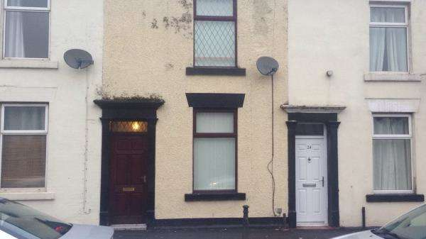 2 Bedrooms End Of Terrace House for sale in 22 HOLLINS GROVE STREET, DARWEN, LANCASHIRE