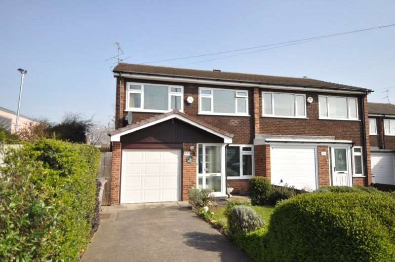 3 Bedrooms Semi Detached House for sale in Frankby Road, West Kirby, Wirral