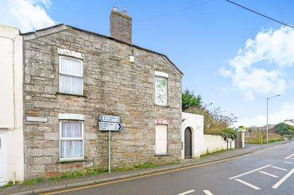 3 Bedrooms Semi Detached House for sale in St. Columb, Cornwall, England
