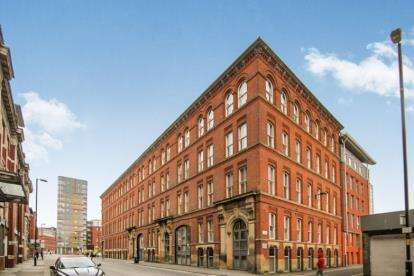 2 Bedrooms Flat for sale in Newton Street, Manchester, Greater Manchester