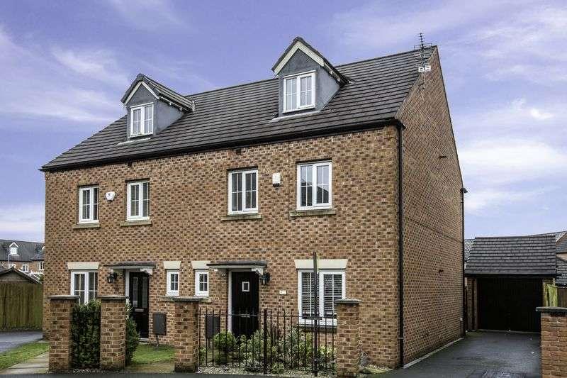 4 Bedrooms Semi Detached House for sale in Wet Earth Green, Swinton