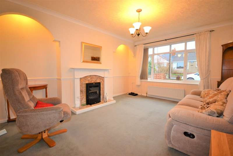 3 Bedrooms Detached House for sale in Fields Road, Lepton