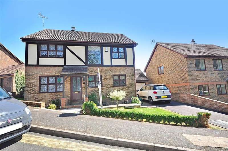 4 Bedrooms Detached House for sale in Curtis Wood Park Road, Herne Bay, Kent