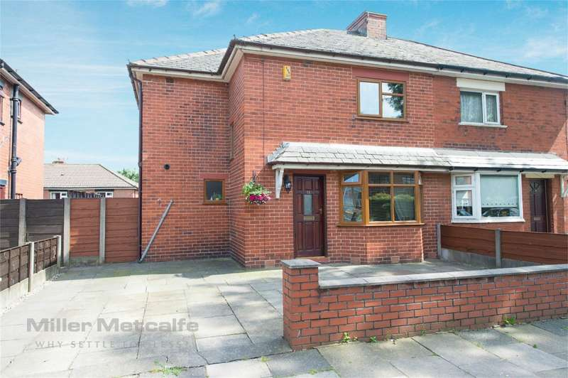 3 Bedrooms Semi Detached House for sale in Bury Road, Radcliffe, Manchester, Lancashire