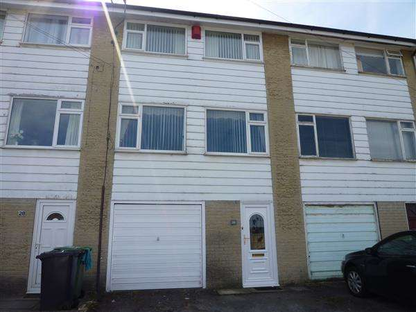 3 Bedrooms Terraced House for sale in Rudding Street, Crosland Moor, Huddersfield