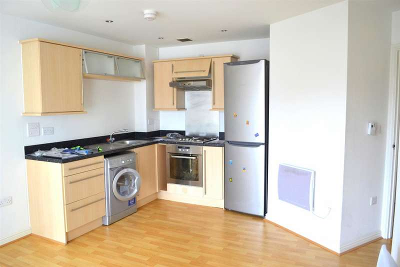2 Bedrooms Apartment Flat for sale in Armstrong House, Plymouth