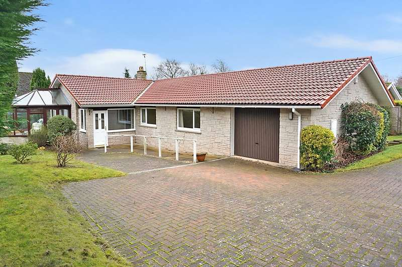 3 Bedrooms Detached Bungalow for sale in Shaw Barn Lane, Wetherby, LS22