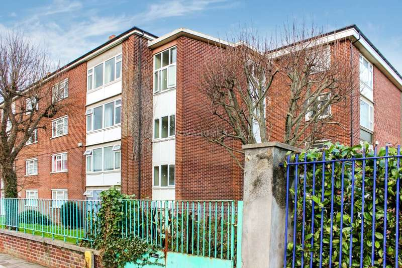 2 Bedrooms Flat for sale in Union Street, Stonehouse, PL1 3HW