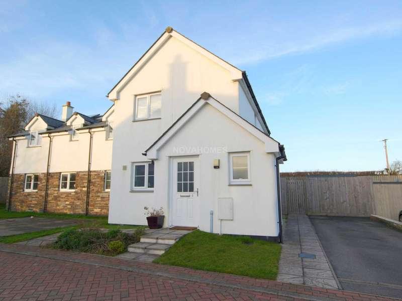 2 Bedrooms Semi Detached House for sale in Blunts, PL12 5FG