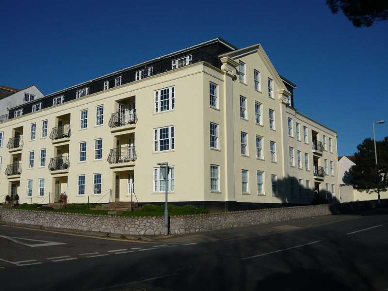 2 Bedrooms Flat for sale in Pencarwick House, Exmouth