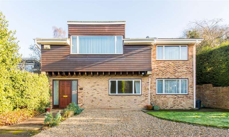 4 Bedrooms House for sale in Valley Drive, Sevenoaks