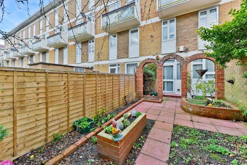 2 Bedrooms Flat for sale in Belton Way, London E3