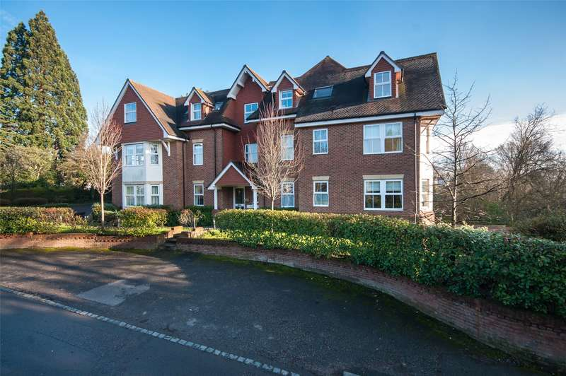2 Bedrooms Apartment Flat for sale in Rosehill, Wray Common Road, Reigate, Surrey, RH2