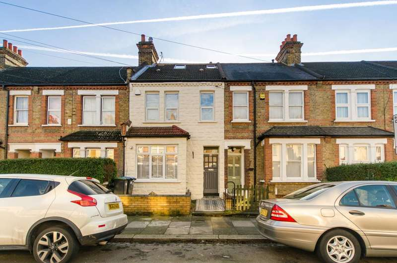 3 Bedrooms Terraced House for sale in Alberta Road, Bush Hill Park, EN1