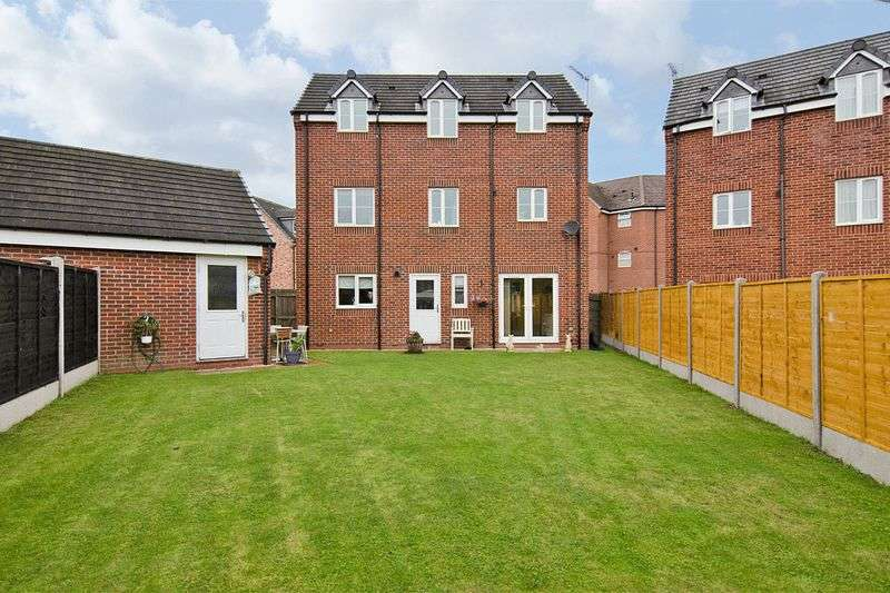 5 Bedrooms Detached House for sale in Colliers Way, Huntington, Cannock
