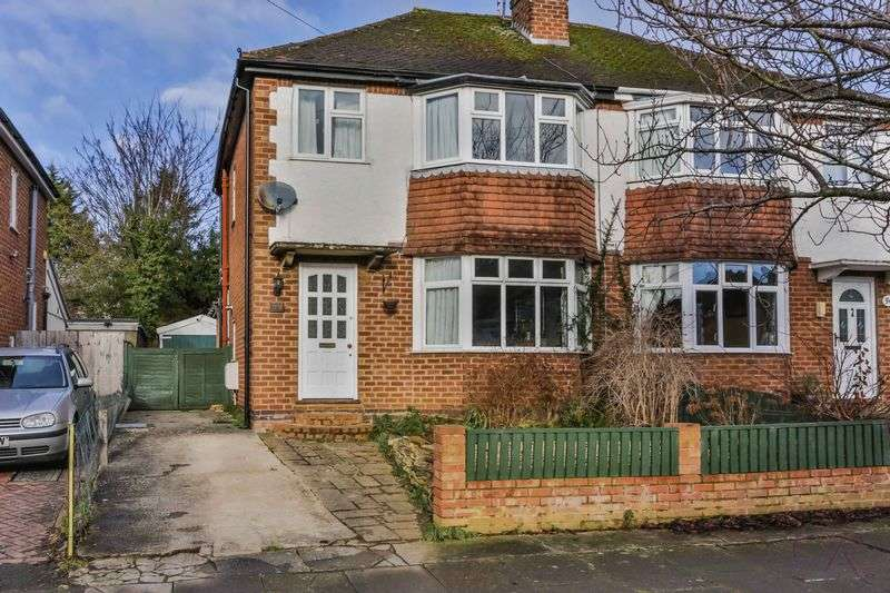 3 Bedrooms Semi Detached House for sale in Prestbury, Cheltenham