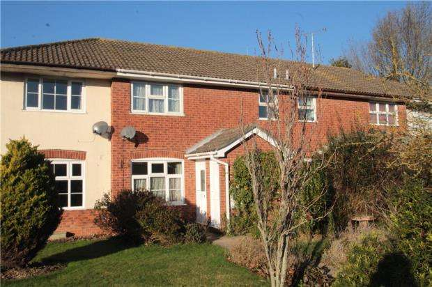 1 Bedroom Terraced House for sale in Eagles Chase, Littlehampton, West Sussex, BN17