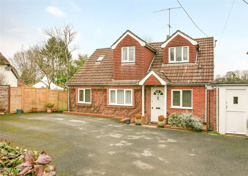 4 Bedrooms Detached House for sale in Brook Street, Great Bedwyn, Marlborough, Wiltshire, SN8