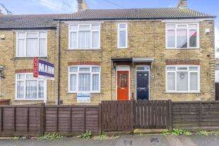 4 Bedrooms Terraced House for sale in Fourth Avenue, Gillingham, Kent, .