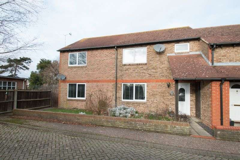 5 Bedrooms Terraced House for sale in Martlet Close, Chichester