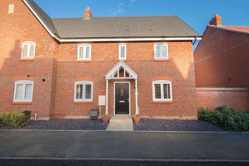 3 Bedrooms Property for sale in Wilkinson Road, Bedford Meadows, Kempston.