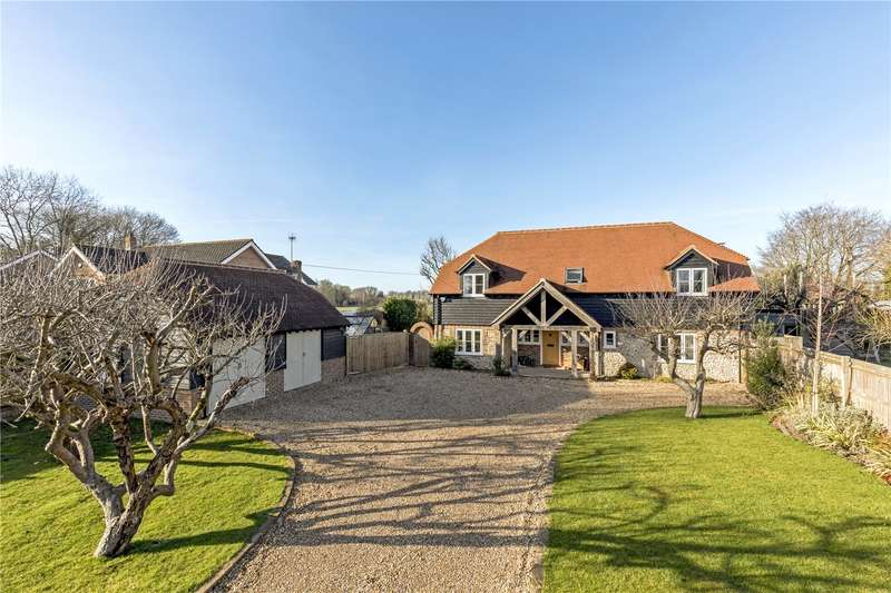 4 Bedrooms Detached House for sale in Northfields Lane, Westergate, Chichester, PO20
