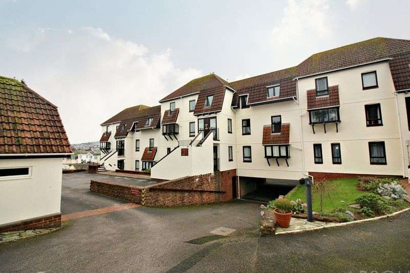 2 Bedrooms Flat for sale in Cleveland Road,