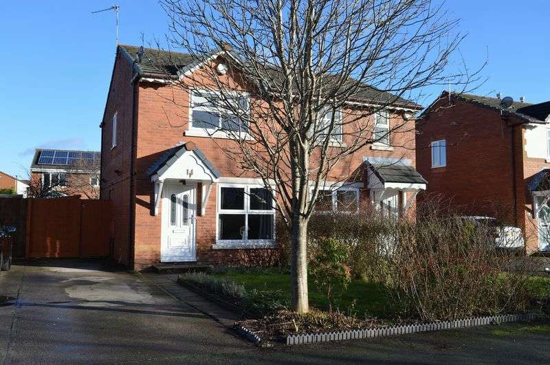 2 Bedrooms Semi Detached House for sale in Bainbridge Avenue, Lowton, WA3 2DJ