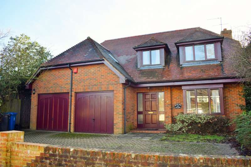 4 Bedrooms Detached House for sale in Oaken Grove, Maidenhead